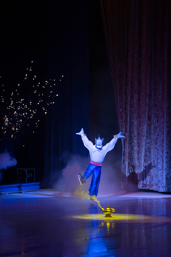 Disney On Ice-Genie